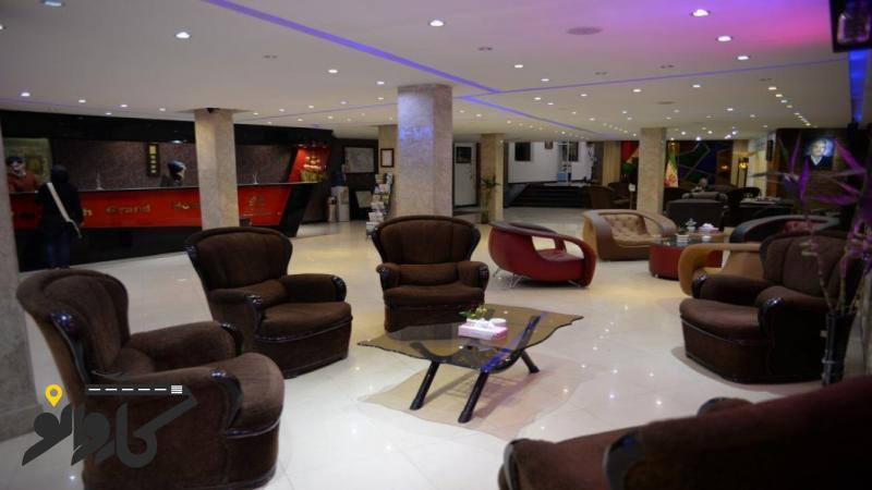 تصویر هتل بزرگ